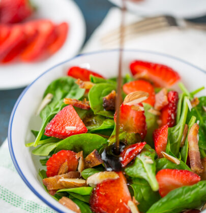 Sweet and Simple Spinach Salad