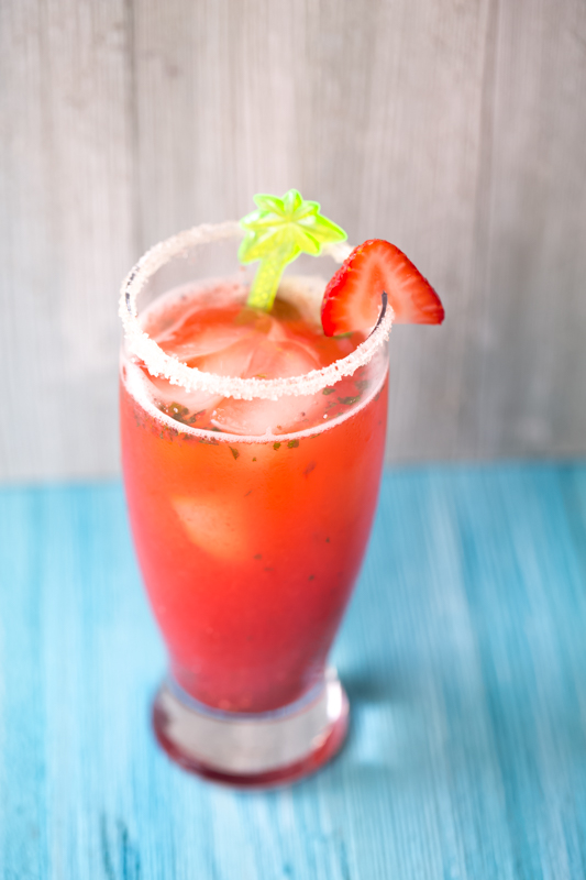 strawberry basil lemonade cockatail