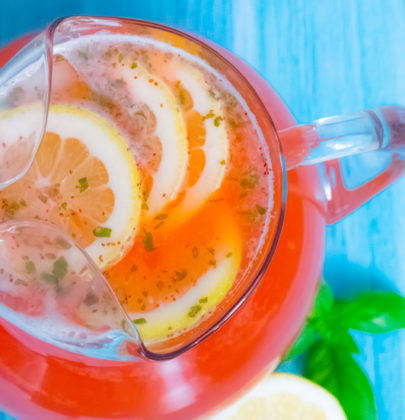 Healthy and Organic Strawberry Basil Lemonade On a Budget