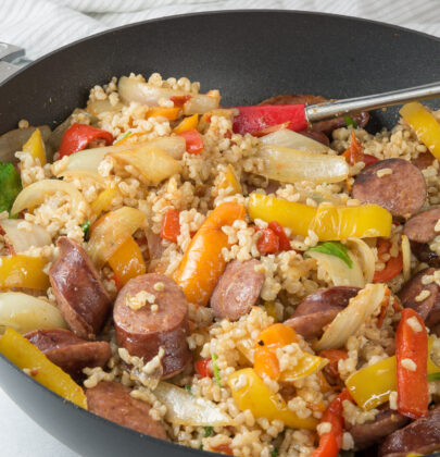Kielbasa Vegetable Stir-Fry Recipe: Easy and quick, this 30 minute meal is amazing!