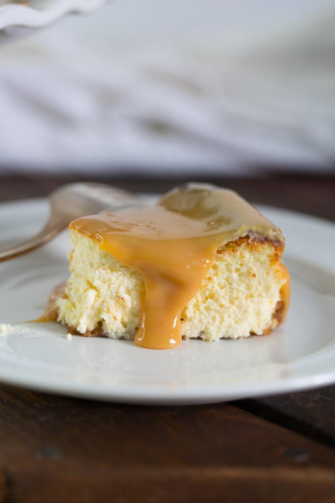 dulche de leche cheesecake slice