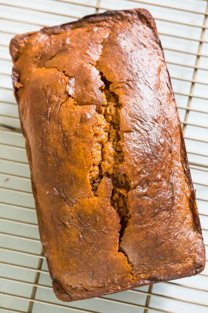 delicous pumpkin cream cheese loaf